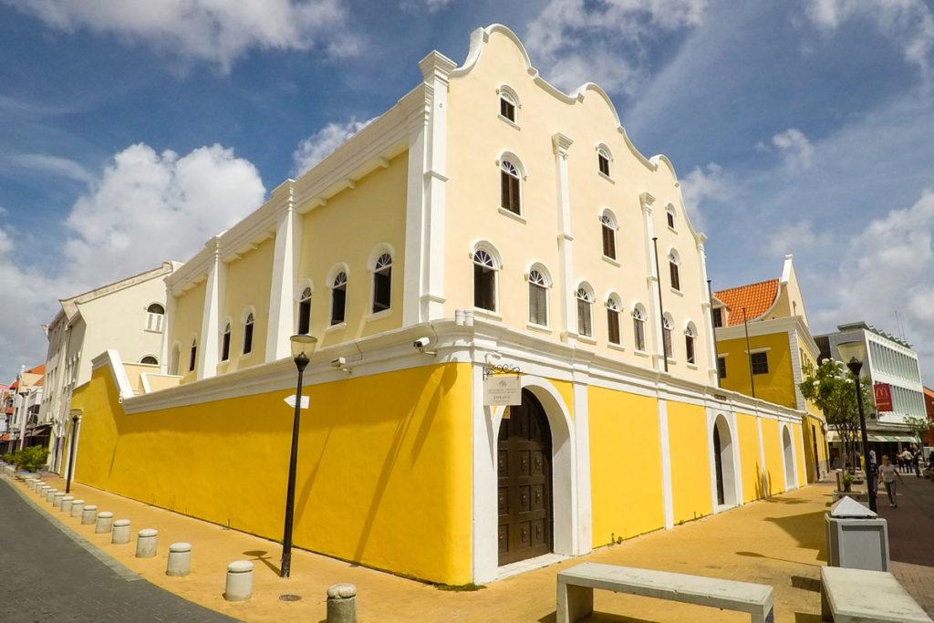 Bezoek de Mikve Israel-Emanuel Synagogue