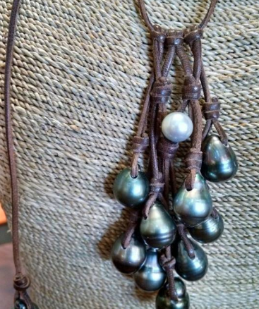pearl necklace from Kalinas & Tainos