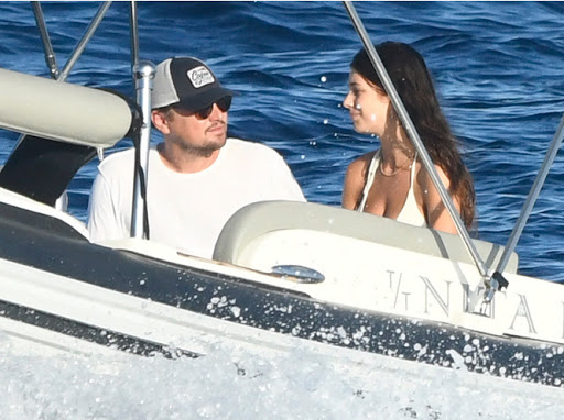 Leonardo DiCaprio rescues man.